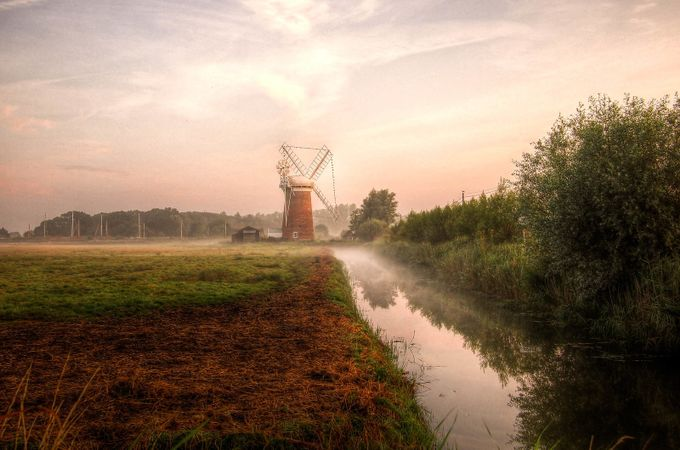 Horsey Windpump by Johngrist - Canals Photo Contest