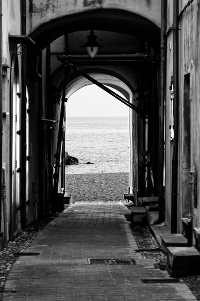 The way to the sea