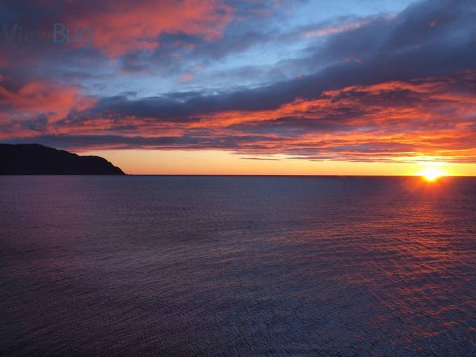 Sunrise at Eaglehawke Neck, Tasmania.