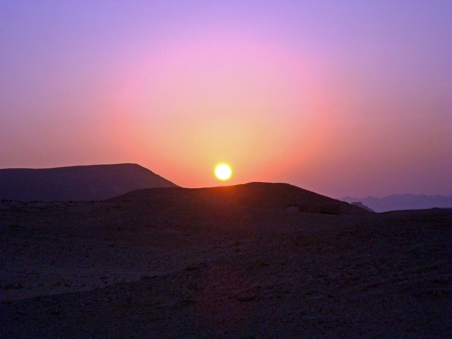 Sunset ting in dhab egypt