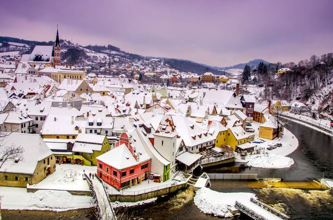 Cesky Krumlov by stanislavkhatsevich - Towns In The Winter Photo Contest
