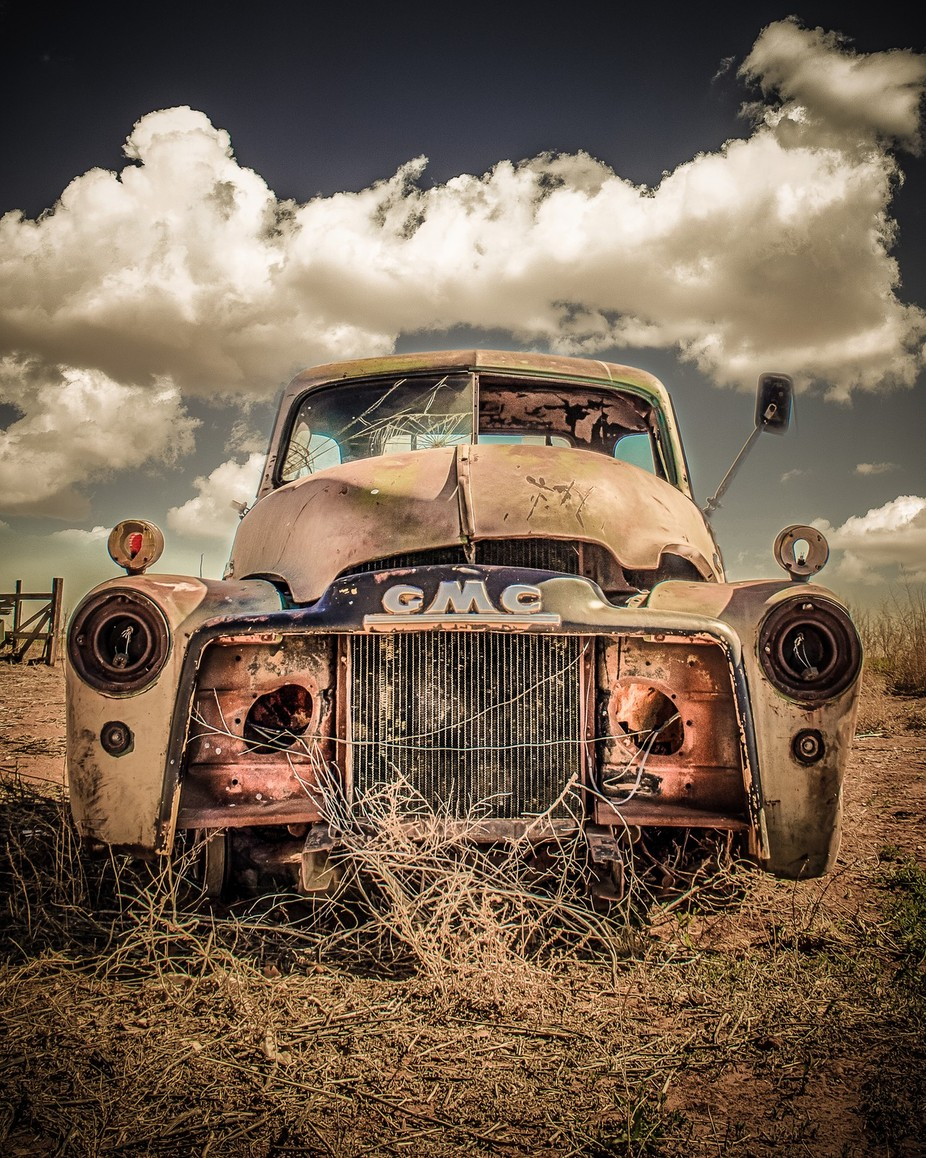 Long Forgotten by lanatolle - Trucks Photo Contest