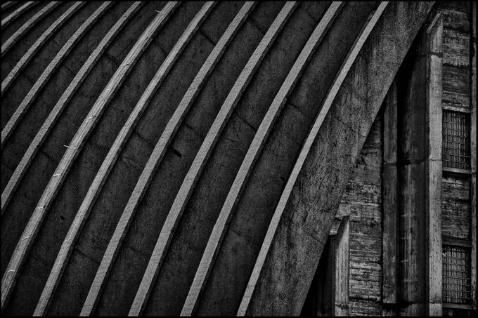 CONCRETE CURVES by LLOYDWRIGHT - Composing with Curves Photo Contest