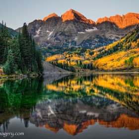 Stunning Maroon Bells in Apsen Colorado at first light. taken at approximately 7:10am in the morning as the sun touches the tips of these grand p...