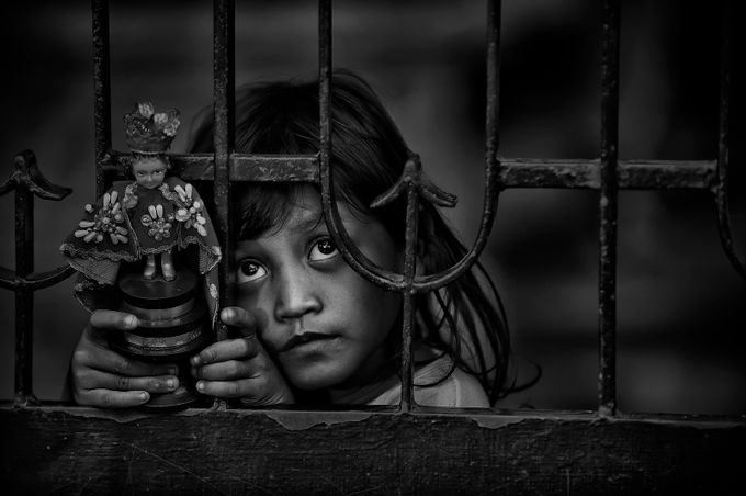 S T O. N I N O by mannylibreslibrodo - Awesomeness In Black And White Photo Contest