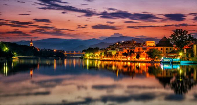 Evening Reflections by gg91 - Sunset In The City Photo Contest