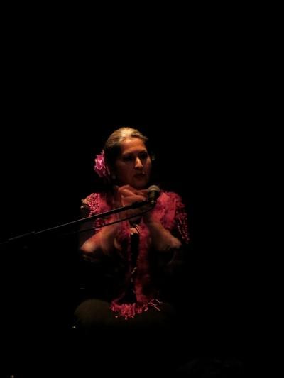 Cantaora flamenca