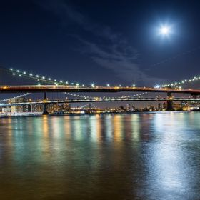 View of Brooklyn Bridge, Manhattan Bridge and Williamsburg Bridge (BMW).