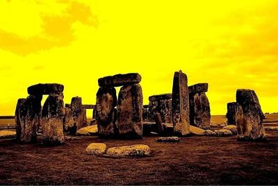 Dawn at Stonehenge