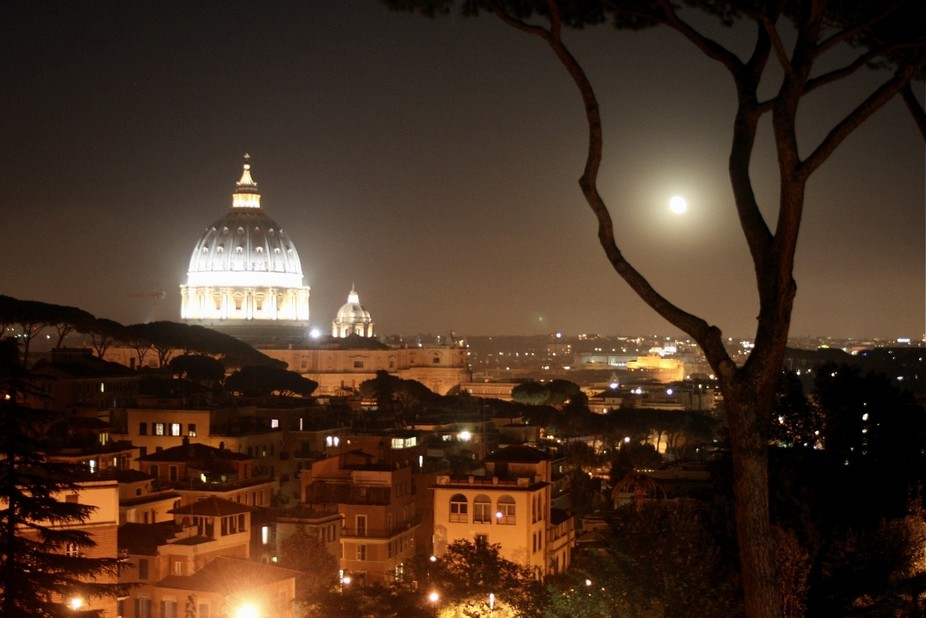 Moon Rise Over St Peter\'s