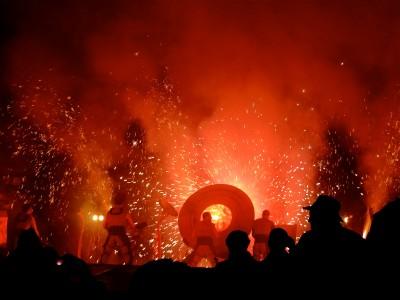 A firework concert by Les Commandos Percus