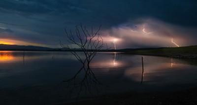 Storm over Samsonvale