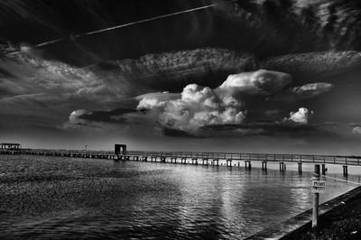the skies... (b&w)