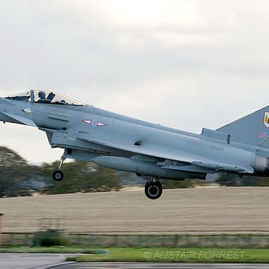 Typhoon about to touch down