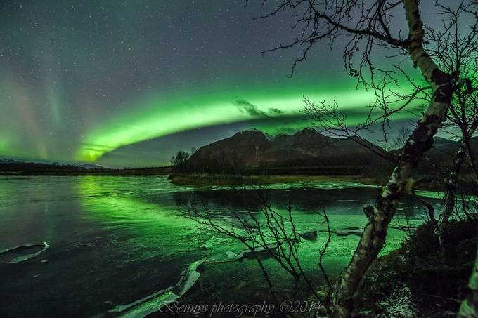 Auroras oct 2014 by bennyhynes - Tripod Required Photo Contest