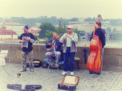 Prague street artists