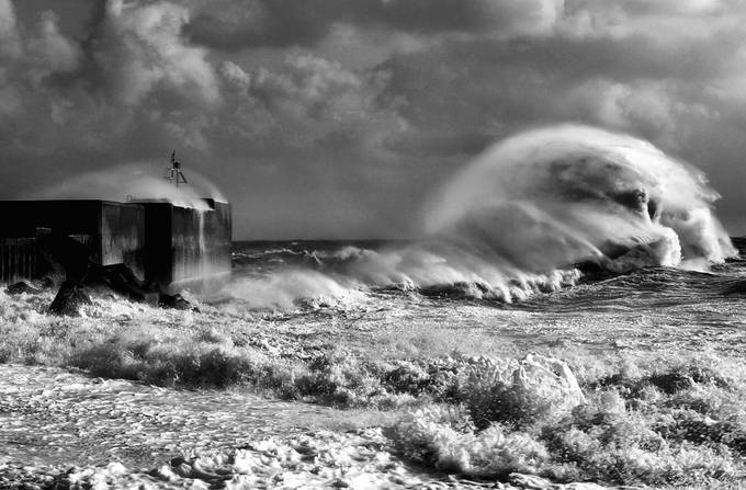 The Roaring Sea by The-Art-of-Darkness - The Water In Black And White Photo Contest