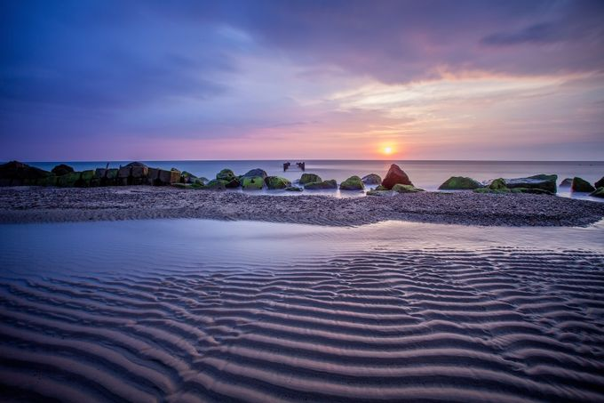 Happisburgh Beach, Norfolk by bengreenphotography - Twisted Lines Photo Contest