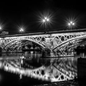 We spend a couple of days in Sevilla, I saw this bridge during the day and knew what shot I wanted. Went back late afternoon, spend 30 minutes fi...