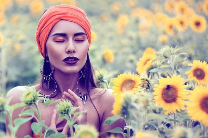 Flower me... by marinastudio