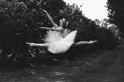 fly ballerina fly...