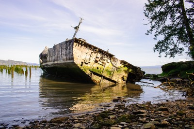 Shipwreck of the USS Plainview, Columbia River, Washington,