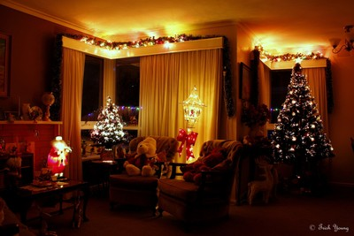 My Lounge/Dining room with our Christmas Lights ...