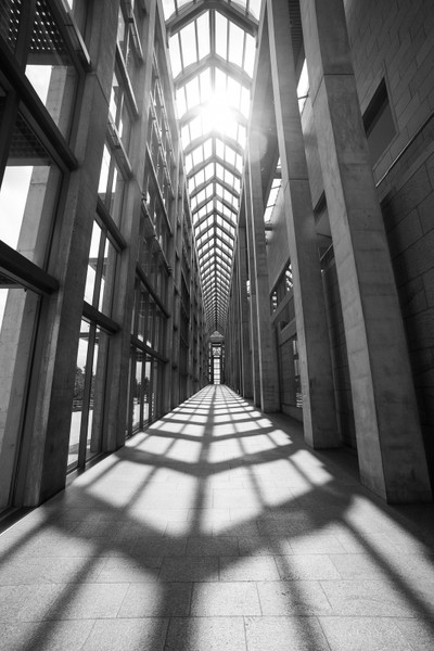 Lights and shadows in National Gallery of Canada Architecture