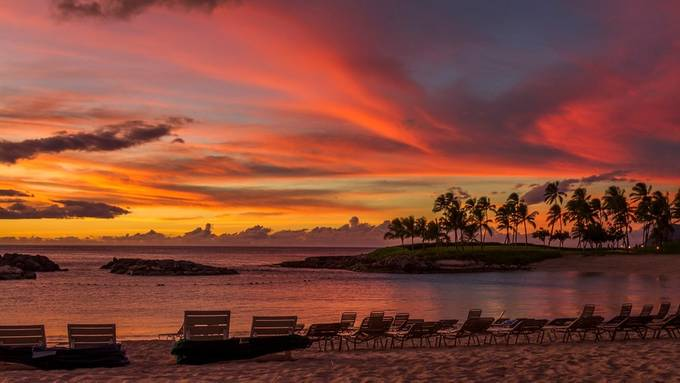 Hawaiian sunset by CharlesB- - The Tourist Photo Contest