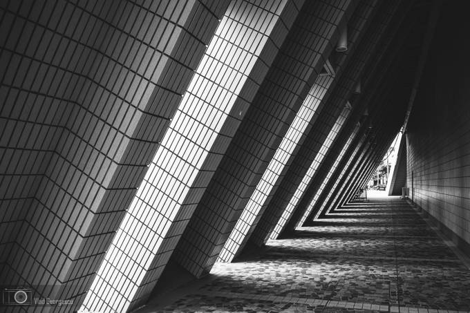 Architectural leading lines by vladgphoto - Composing with Patterns Photo Contest