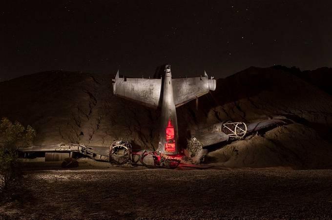 Plane Crash Light Painting by mmunksgard - Metallic Matter Photo Contest
