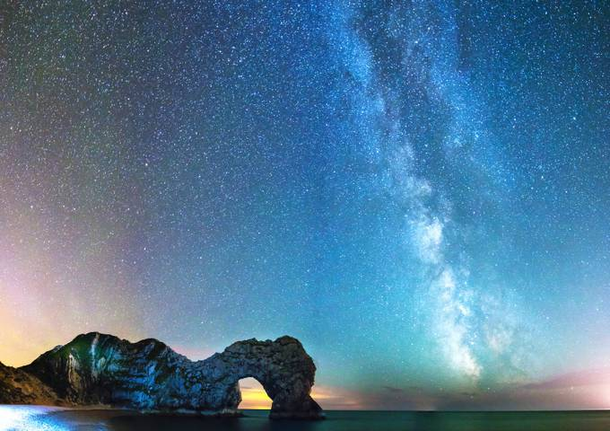 Durdle Door by ollietaylorphotography