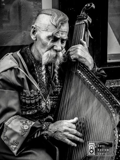 Cossack with zither - Cosaco con citara