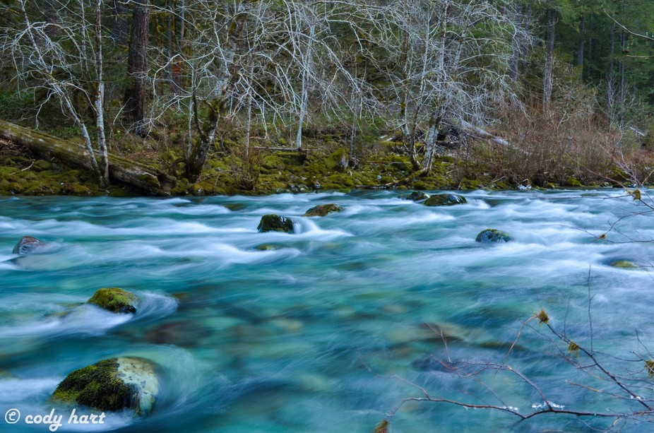 a flowing part of the north santiam.