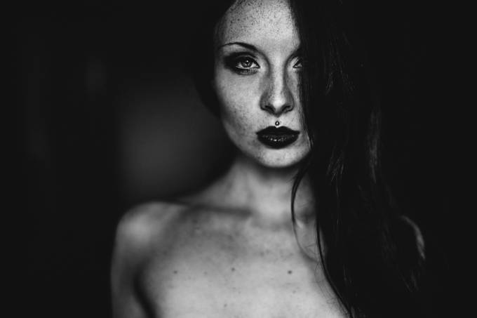AnnA by yannickdesmet - Freckles Photo Contest