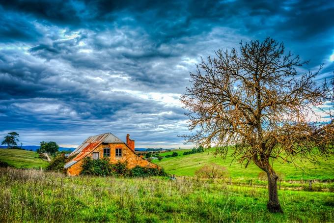 Barn on the Farm by p-jtaylor - Meadows Photo Contest