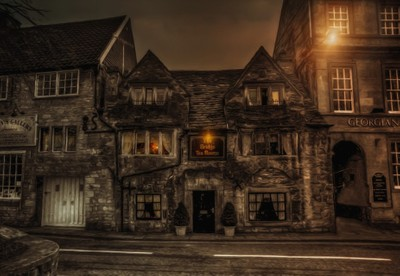 Pub time in Olde England