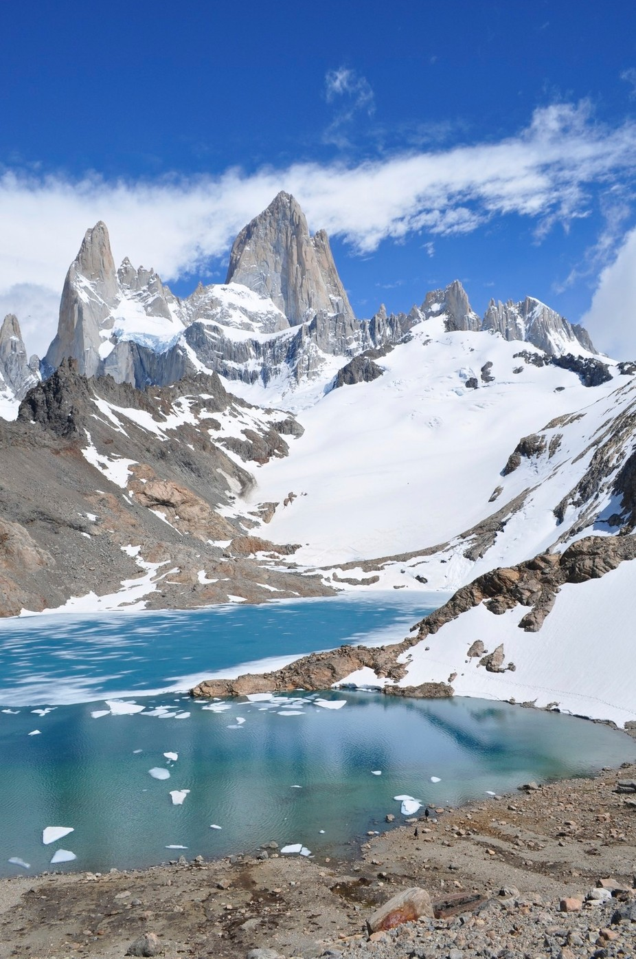 Mount Fitzroy and the glacial lake, El Chalten, Patagonia, Argentina.