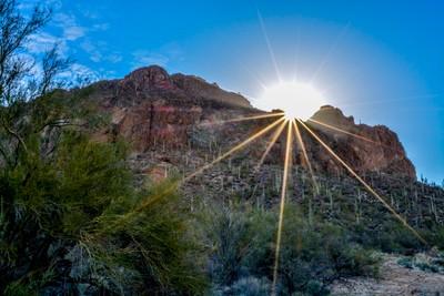 Desert sunrise (1 of 1)