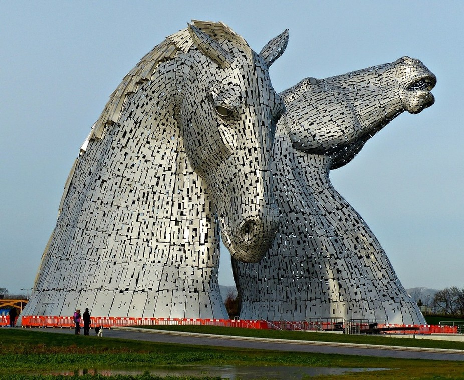 the most amazing huge horse head sculptures