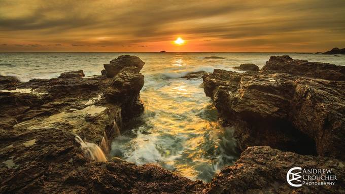Golden Dawn - Port Macquarie Sunrise by andrewcroucher - Foto Digital Volume 3 Photo Contest