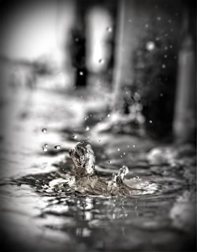 Melting Ice Making A Splash