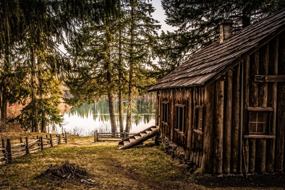 A cottage on the shore of Fish Lake.
