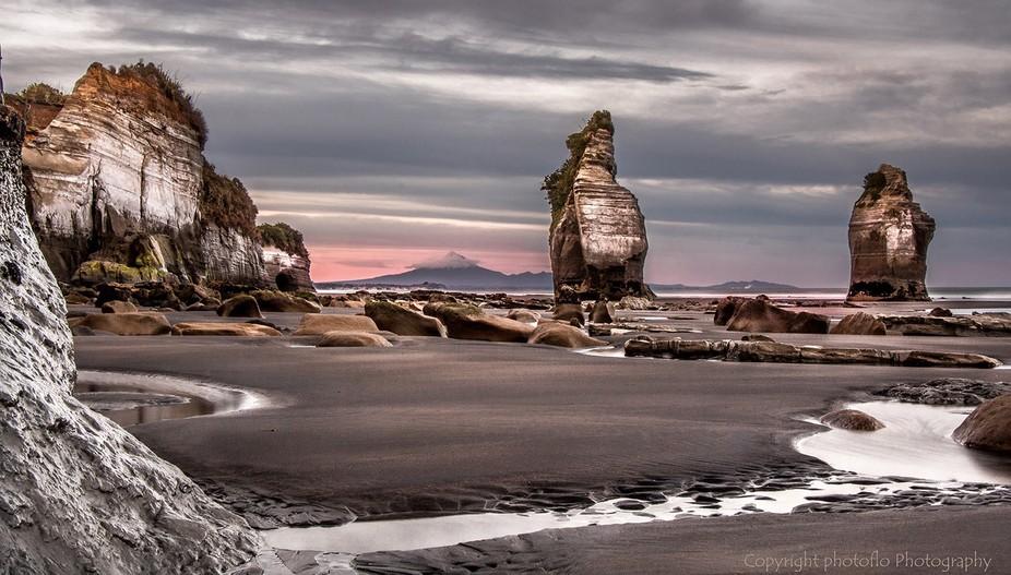Sunrise at Tongaporutu - Taranaki - New Zealand