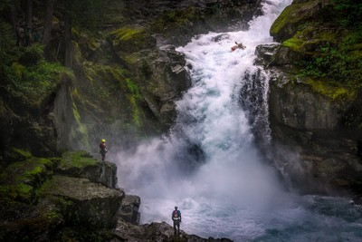 Kayakers at Silver Falls