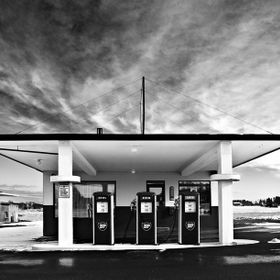 (C) Elmer Laahne 2015.  Abandoned gas station, Vestfold, Norway.  www.laahne.com