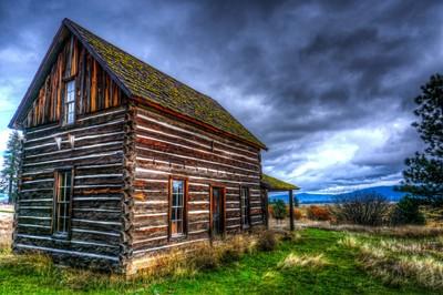 THE WHITCOMB-COLE HEWN LOG HOUSE