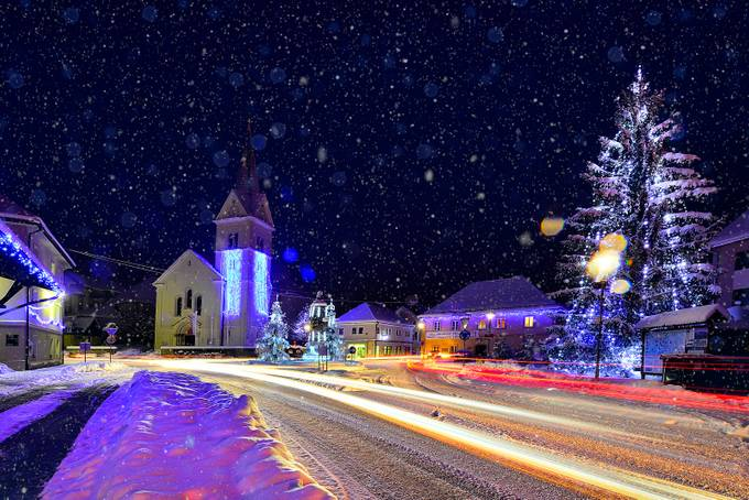 White Christmas by UroshGrabner - Holiday Lights Photo Contest 2017