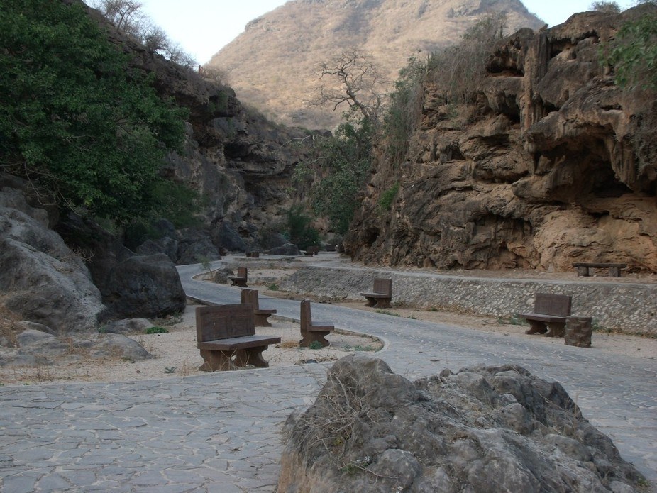 Natural shelter   Location: Oman