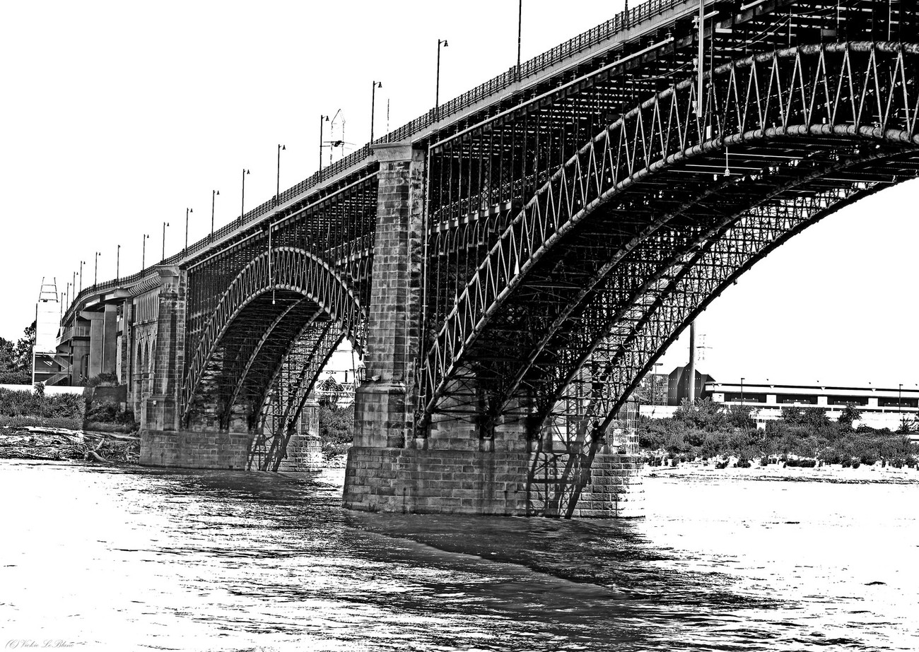 St Louis Bridge